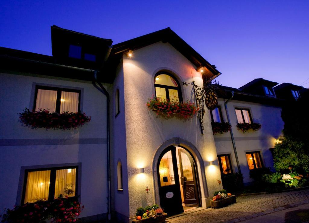 Hotel Restaurant Goldenes Schiff Engelhartszell