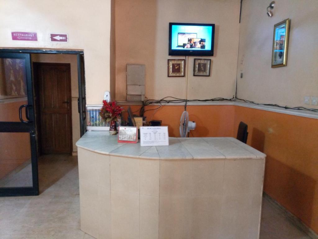 Adjuya hotel