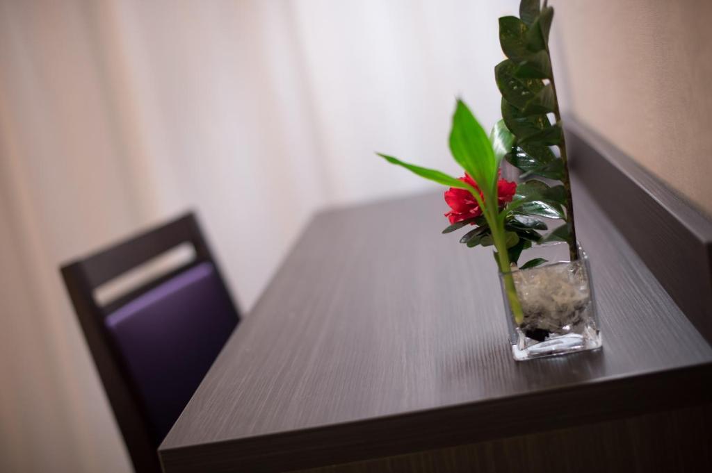 hotel eurocentre 3 toulouse nord castelnau d 39 estr tefonds book your hotel with viamichelin. Black Bedroom Furniture Sets. Home Design Ideas