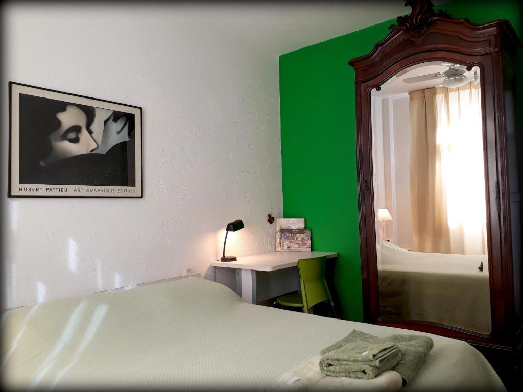 Interior design for homestay - Foto Da Galeria Desta Acomoda O