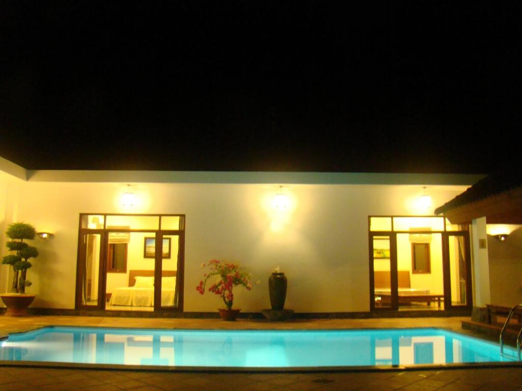 Biệt thự có Hồ bơi Riêng