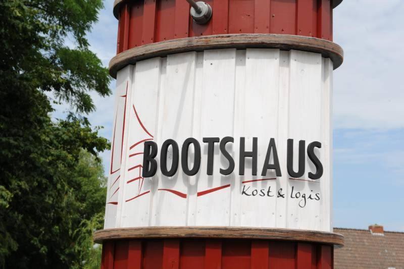 Pension Bootshaus (Deutschland Bedekaspel) - Booking.com