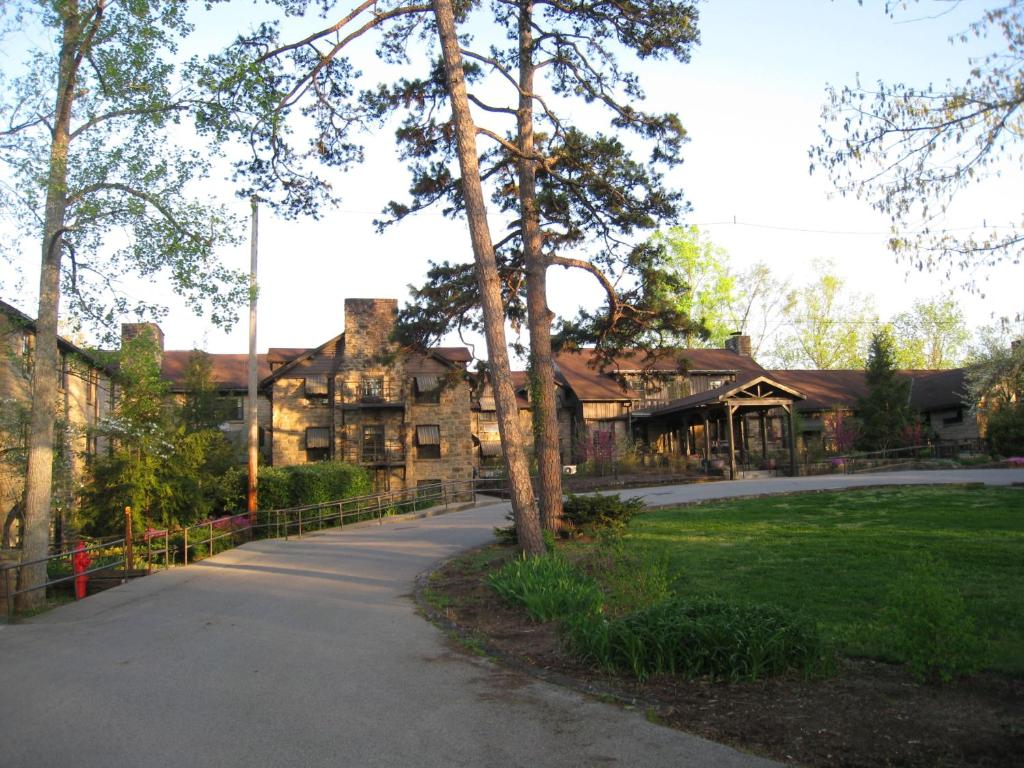 Cumberland Falls State Park Restaurant