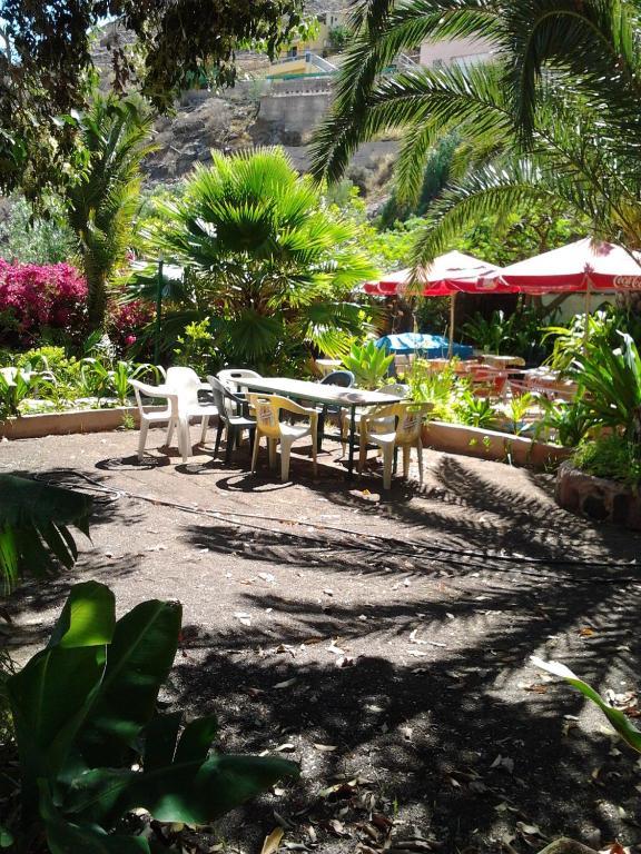 El jardin mog n online booking viamichelin for El jardin online