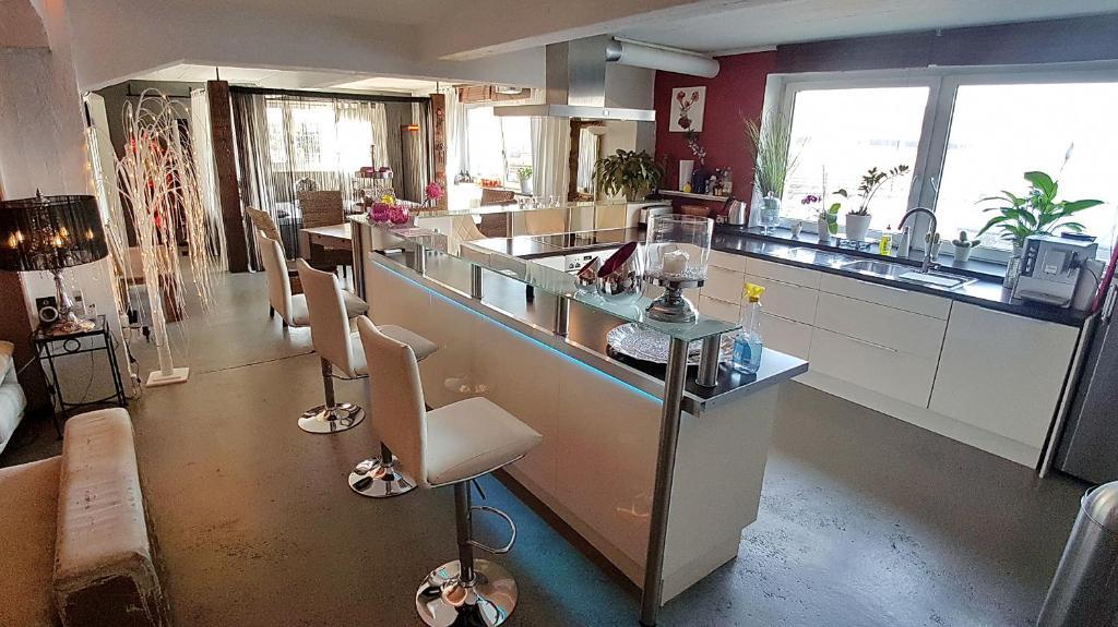 helioslounge colonia reserva tu hotel con viamichelin. Black Bedroom Furniture Sets. Home Design Ideas