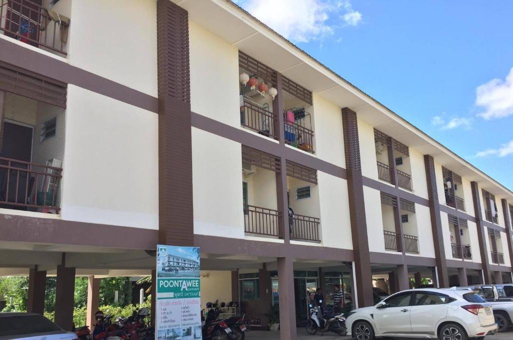 Poontawee Apartment