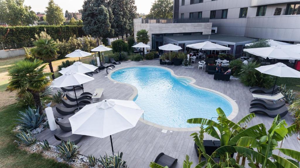 Amati 39 design hotel zola predosa online booking for Hotel amati zola predosa