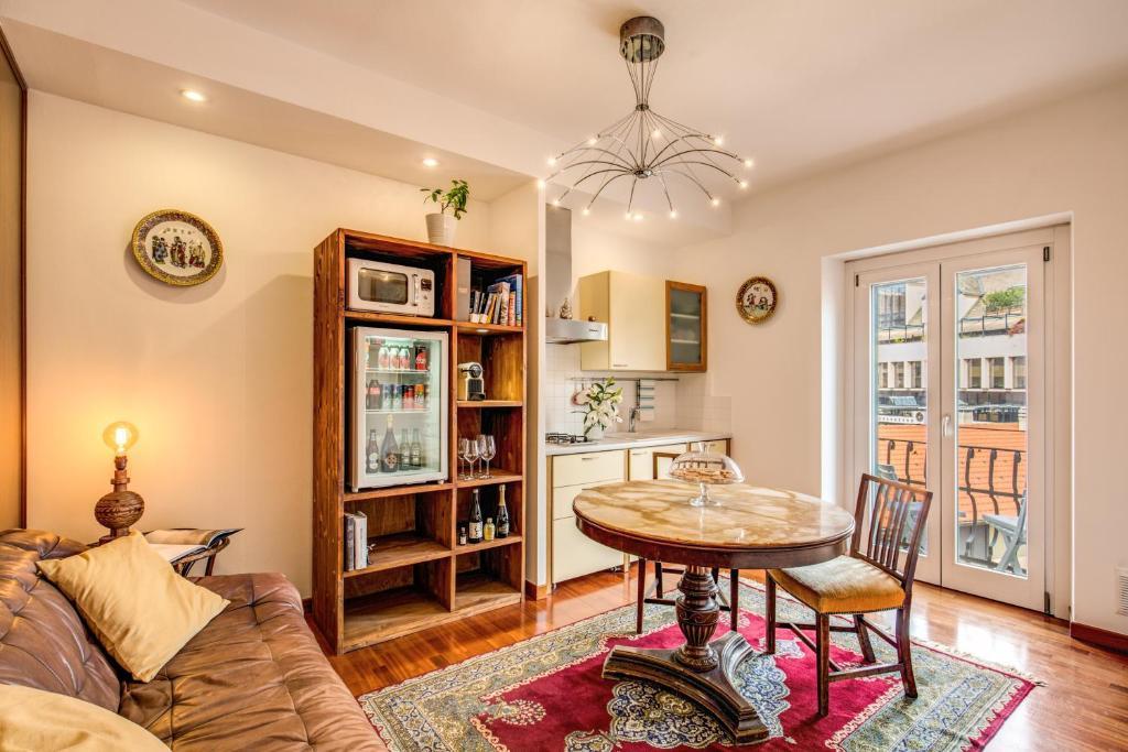 Un lugar para sentarse en Luxury central apartment