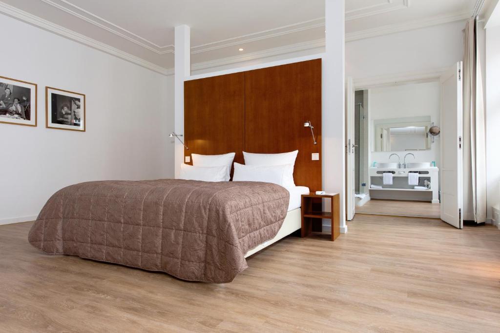Ellington Hotel Berlin Booking