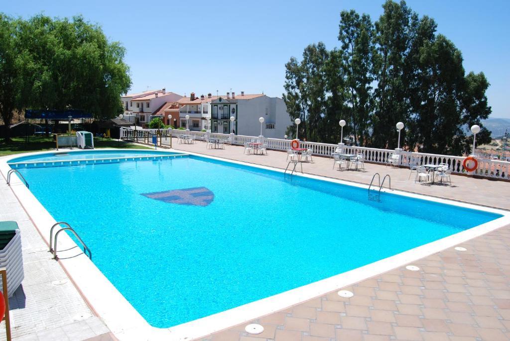 Hotel los templarios jerez de los caballeros reserva tu for Hoteles en badajoz con piscina