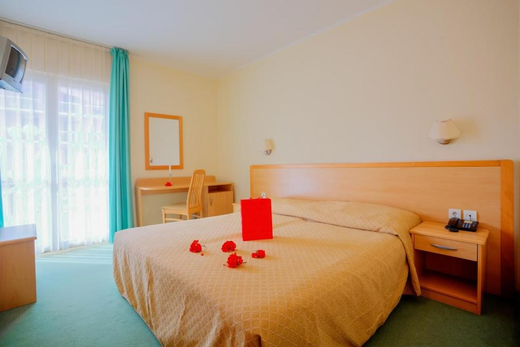 Banjole Hotel Resort Centinera
