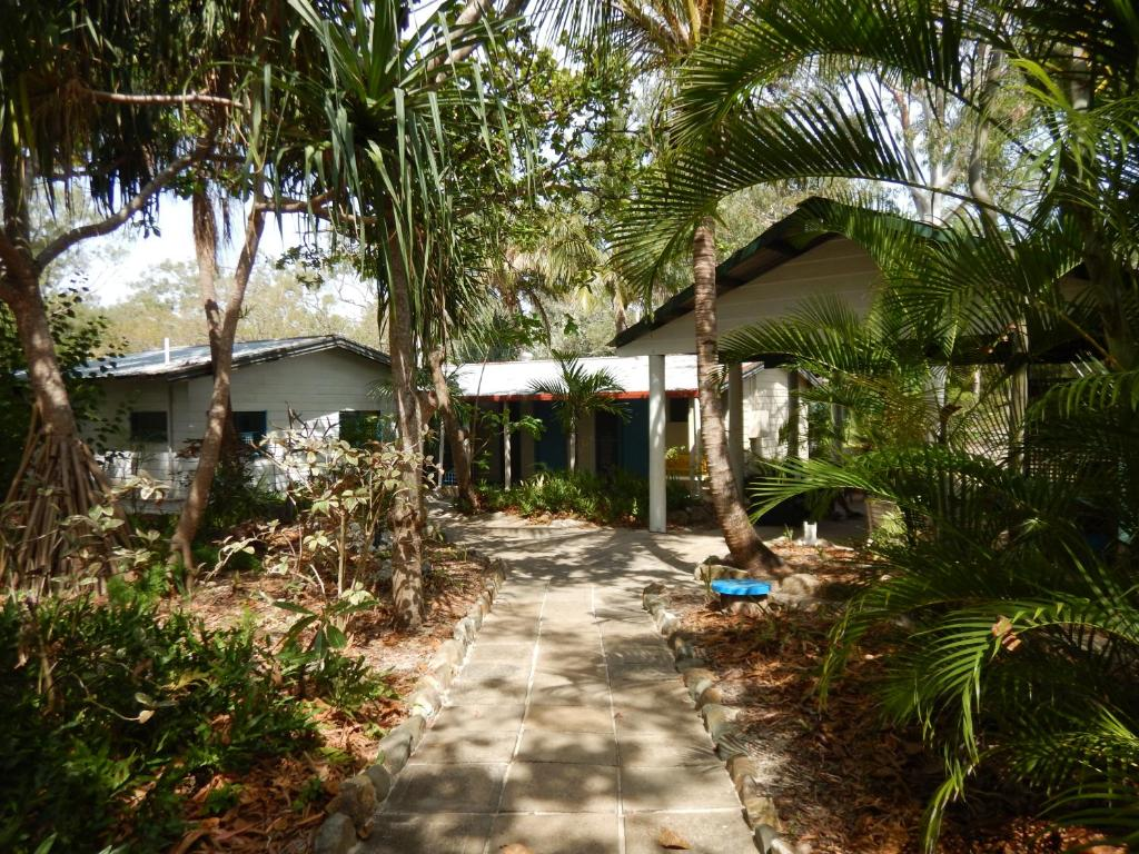 Great keppel island holiday village emu park book your for Great accommodation