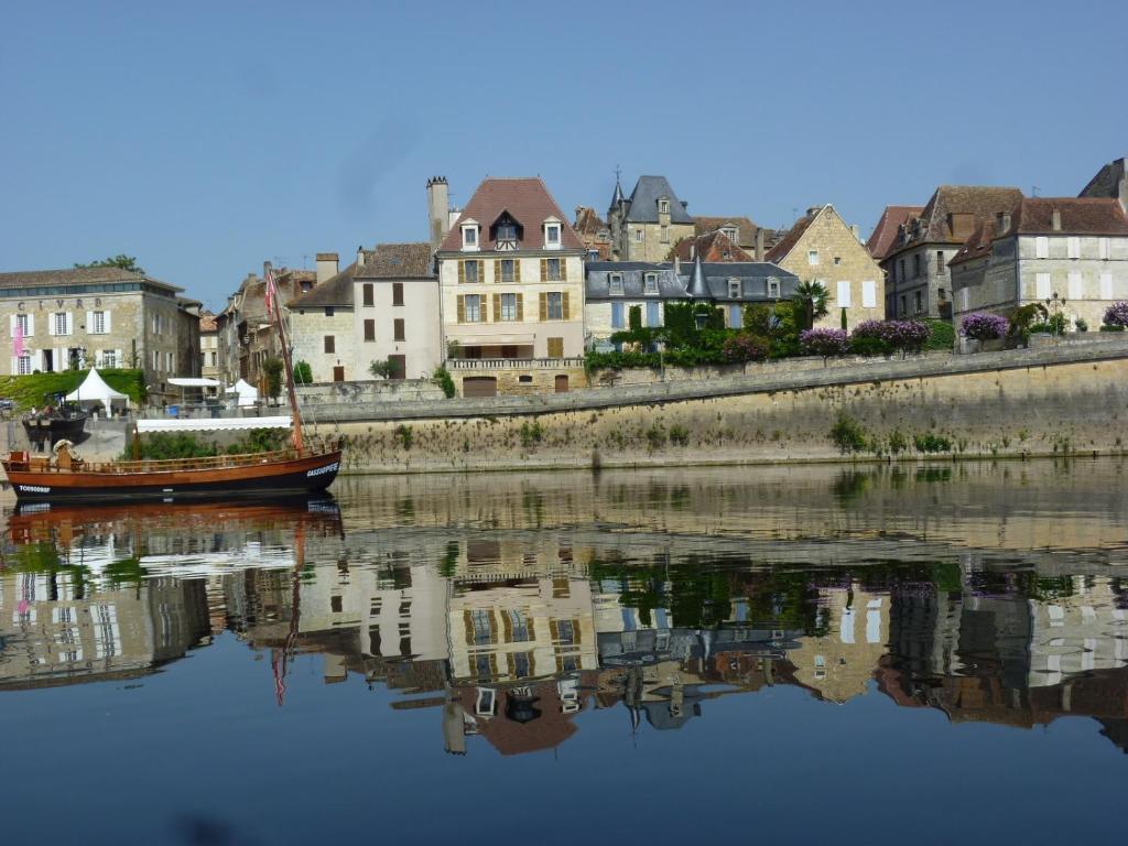 Hotel de france r servation gratuite sur viamichelin for Michelin hotel france