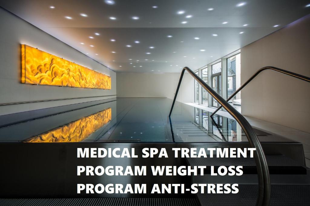 Prezident luxury spa wellness hotel r servation for Wellness design hotel