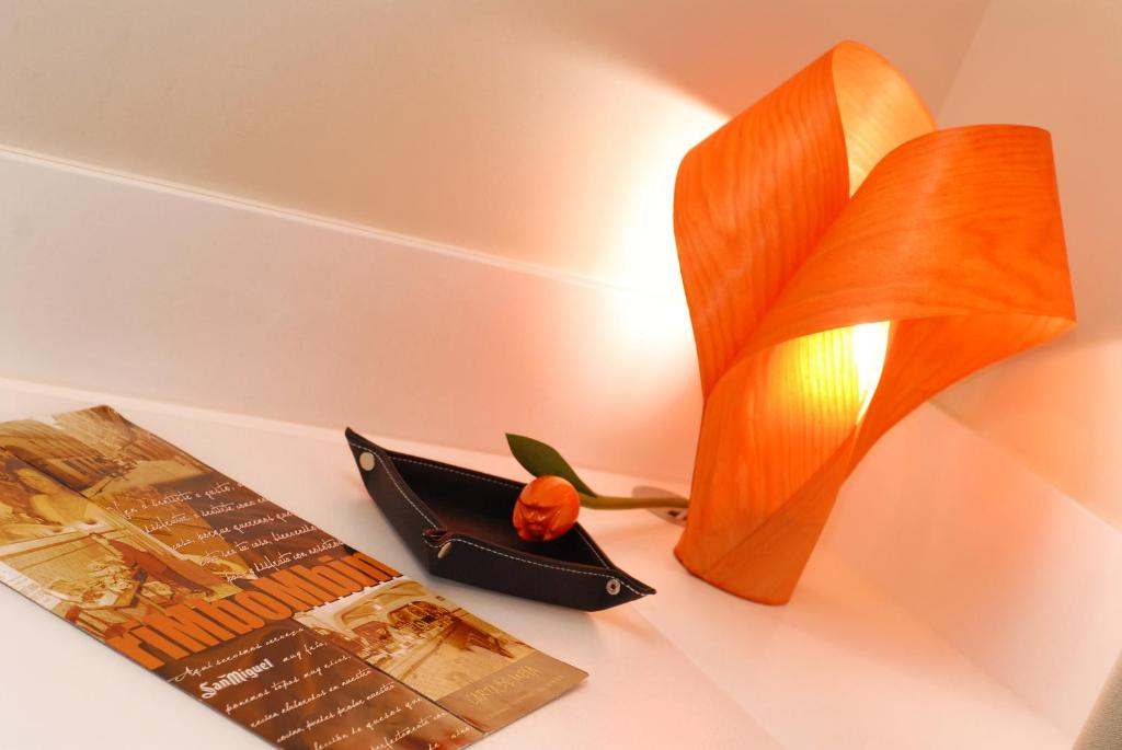 Hostal rimbombin burgos viamichelin informatie en online reserveren for Moderne toiletartikelen