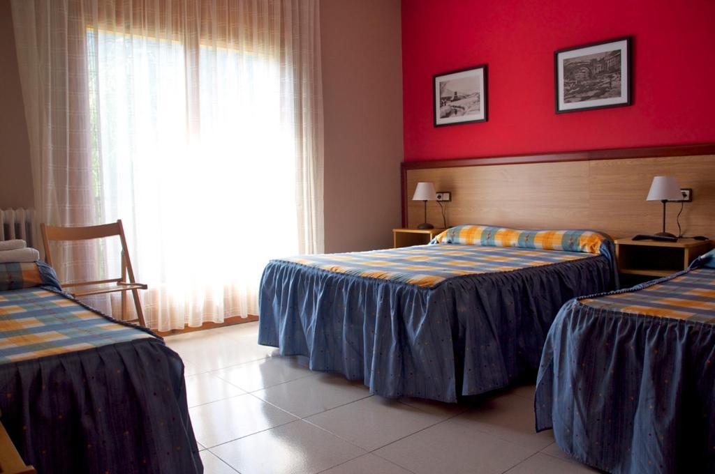 Chambres d 39 h tes habitacions aurora chambres d 39 h tes sant for Aurora maison de cuisine