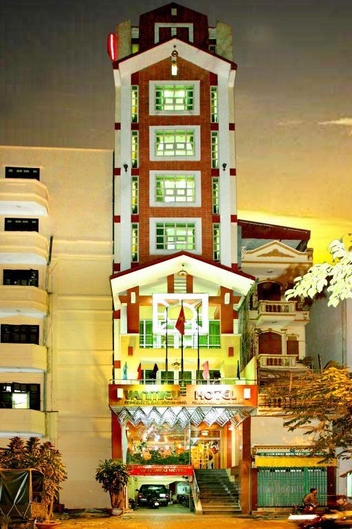 Khách Sạn Văn Miếu