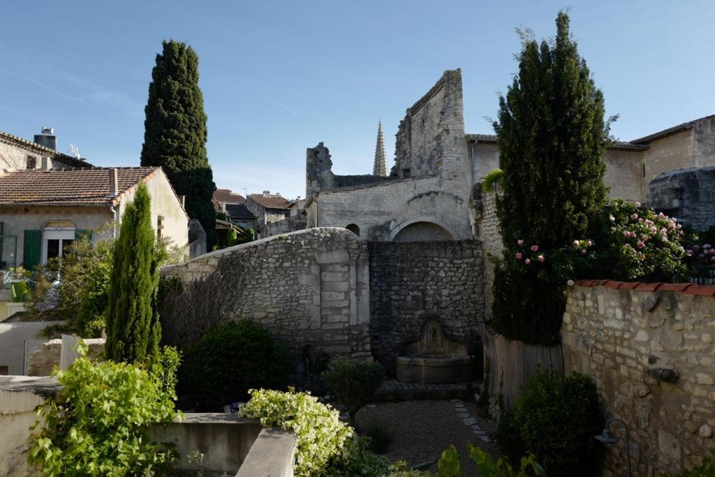 Chambres d 39 h tes les maisons d hortense chambres d 39 h tes saint r my de provence dans les - Chambre d hotes les baux de provence ...