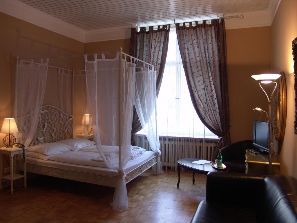 Hotel maison am olivaer platz berlin informationen und for Apartments maison am olivaer platz