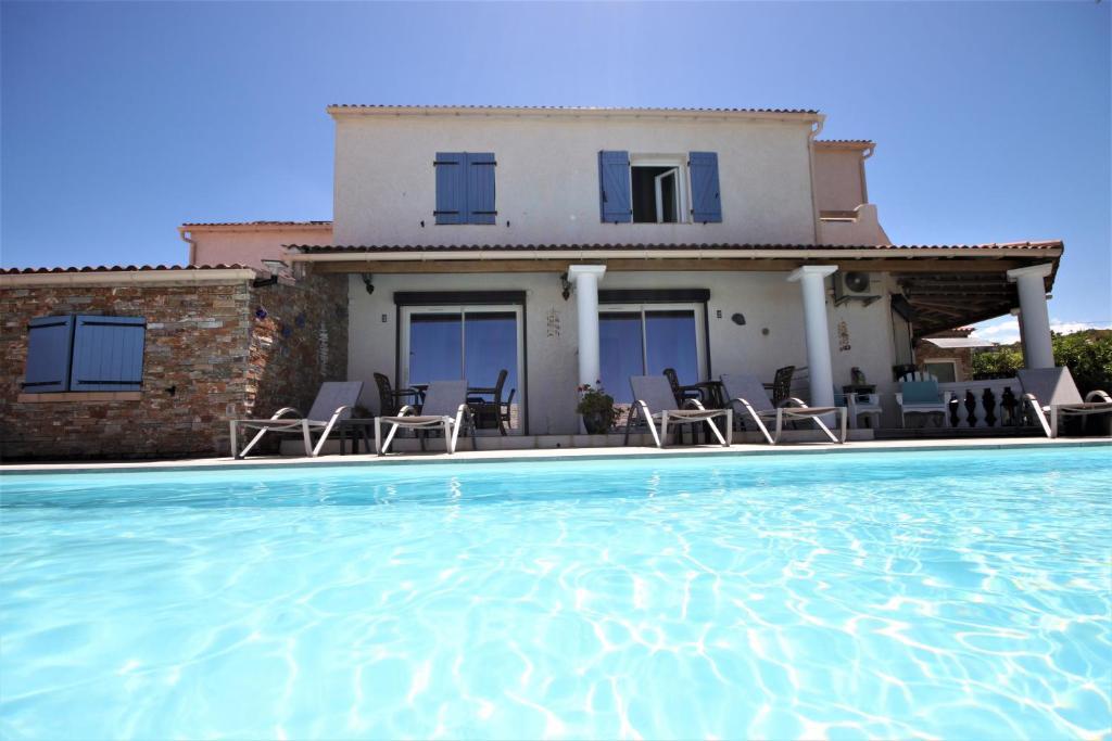 appart bleu azur bastia reserva tu hotel con viamichelin. Black Bedroom Furniture Sets. Home Design Ideas
