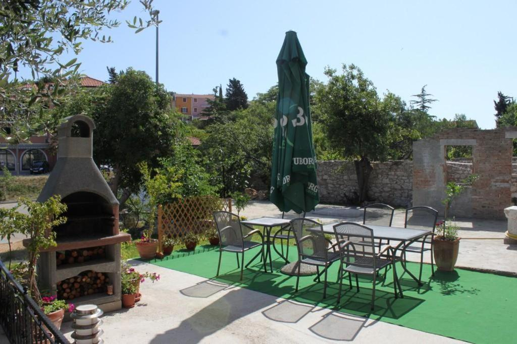Apartment Mali Losinj 8006b Hotel - room photo 8943849