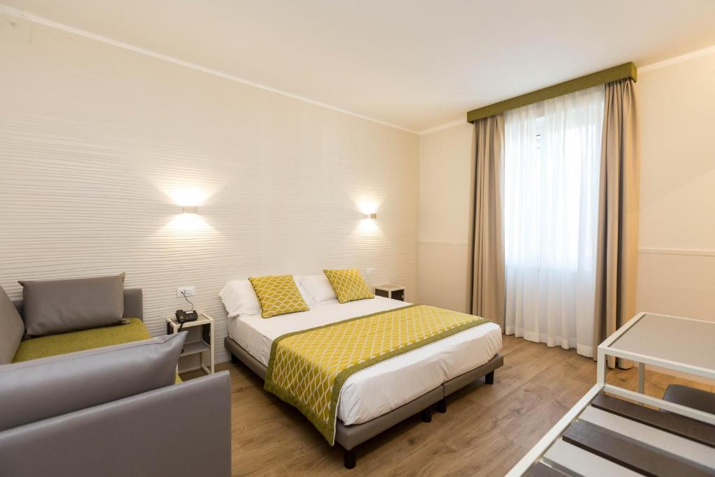 Hotel Marco Polo Rome (Italia Roma) - Booking.com