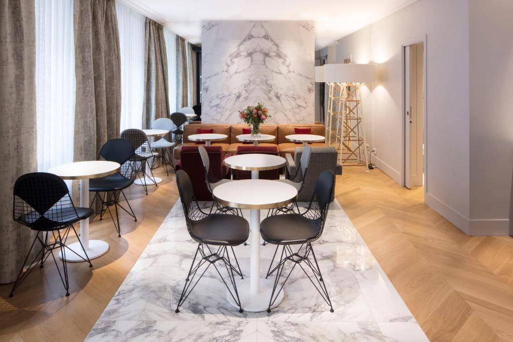 nouvel h tel eiffel paris online booking viamichelin. Black Bedroom Furniture Sets. Home Design Ideas