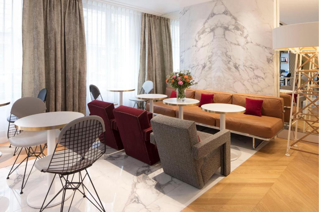 nouvel h tel eiffel paris book your hotel with viamichelin. Black Bedroom Furniture Sets. Home Design Ideas