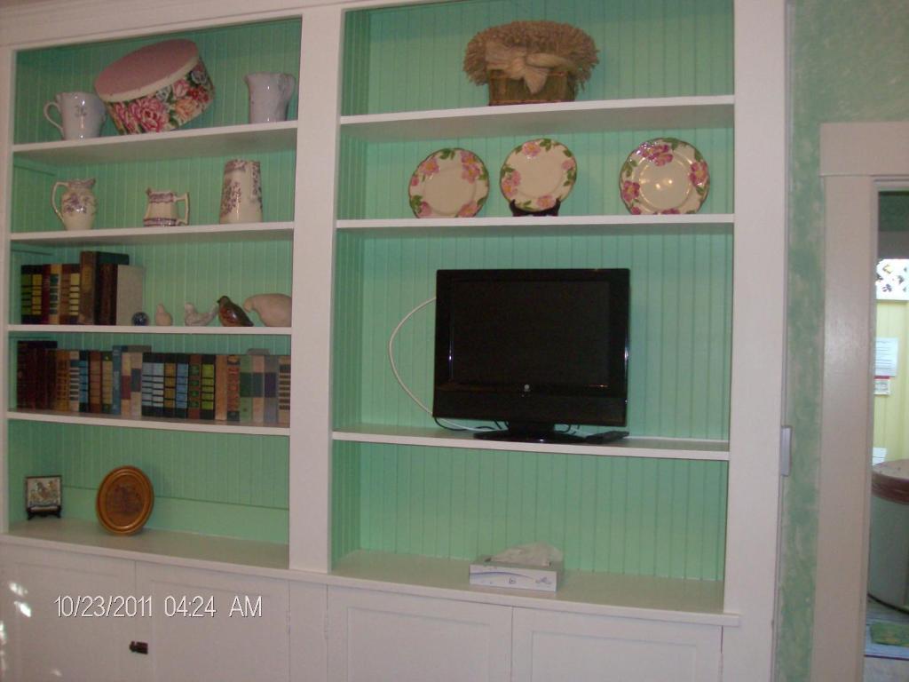 Secret Garden Inn Amp Cottages Santa Barbara Book Your