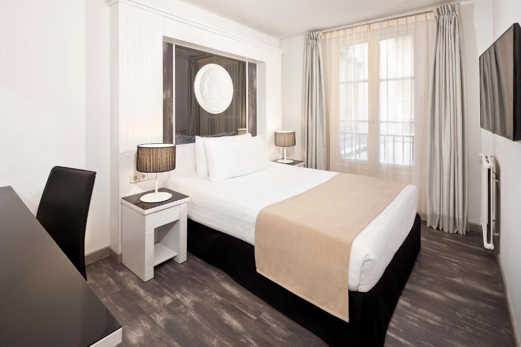 Tryp Paris Op Ra Paris Book Your Hotel With Viamichelin