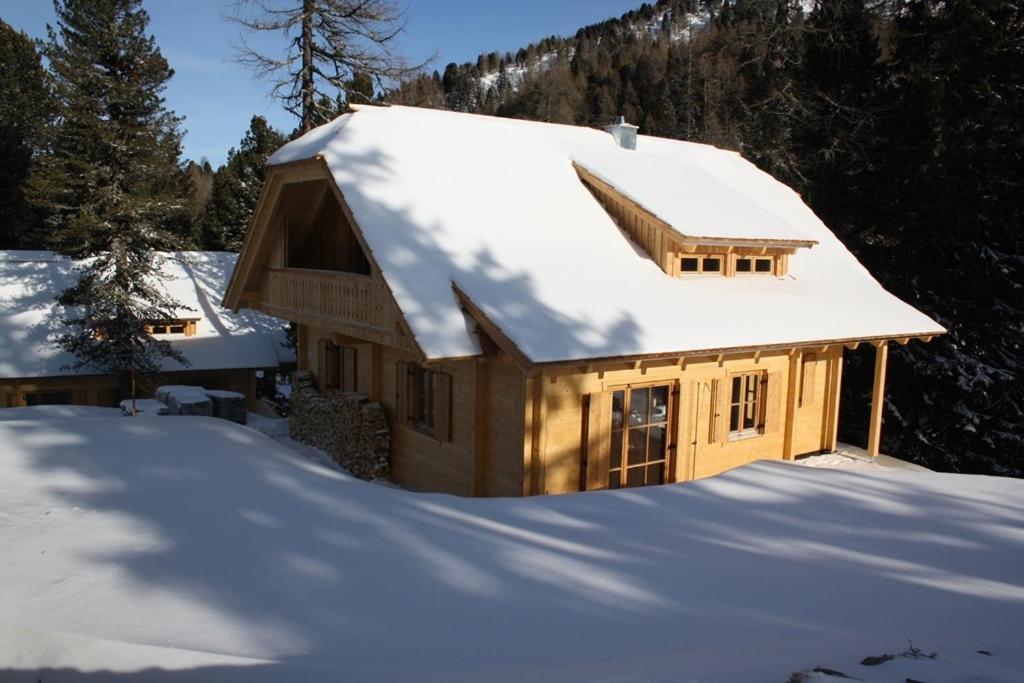 Ferienhaus alpin h ten auf der sterreich turracher hohe for Turracher hohe skigebiet