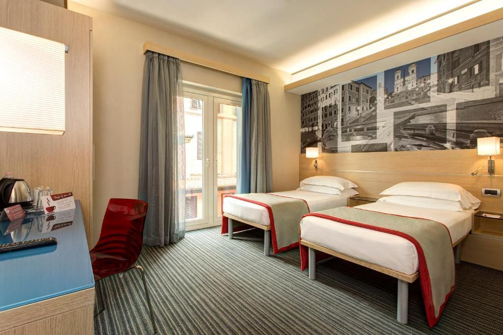 Hotel Lirico Roma Booking