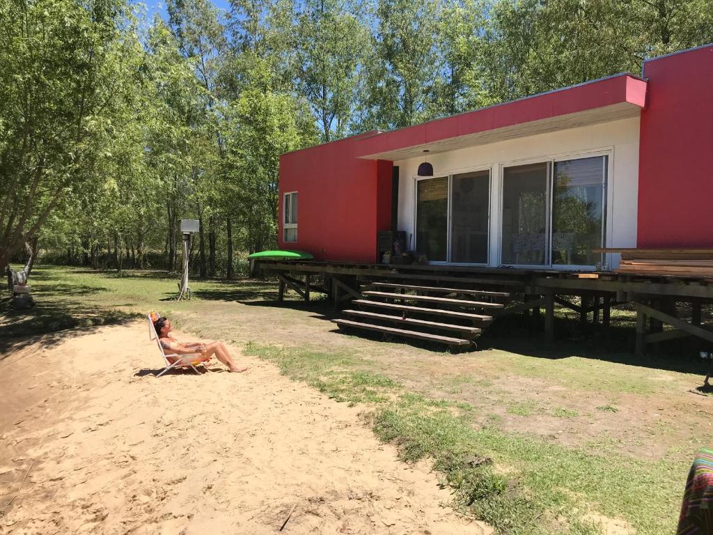 Casa De Vacaciones Casa Roja En Palmares Del Delta Argentina San  # Muebles Julio San Fernando