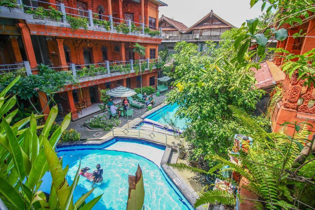 Sari Beach Hotel Legian