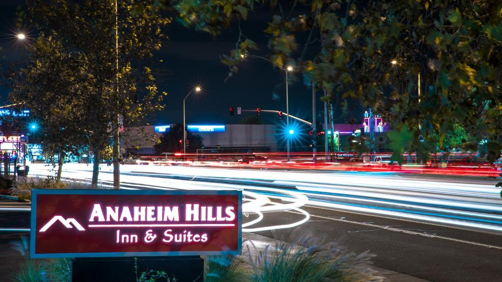 Anaheim Hills Festival Restaurants