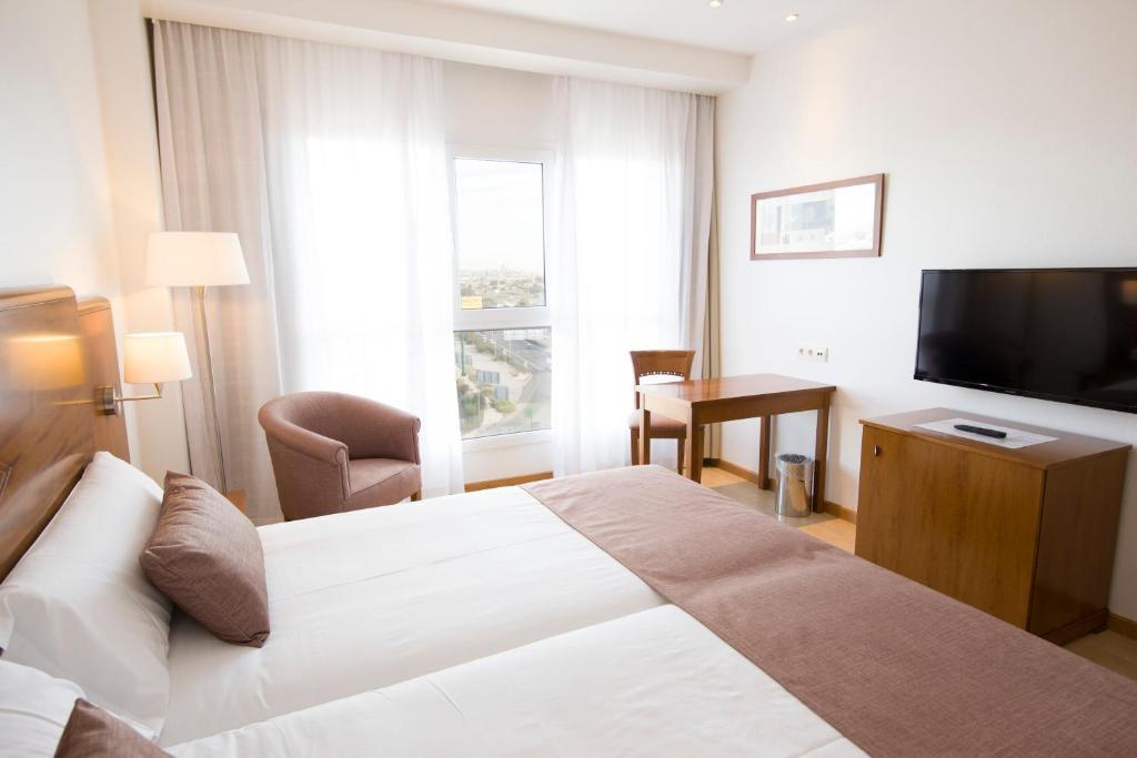 Hotel albufera alfafar prenotazione on line viamichelin for Piscina alfafar