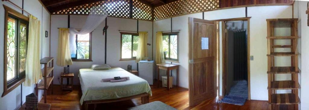 Camping resort Cabinas Yamann (Costa Rica Manzanillo) - Booking.com