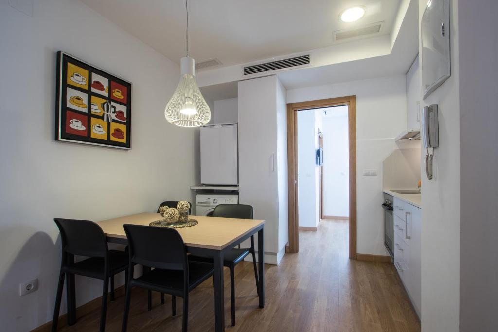Flatsforyou petit bonaire valencia reserva tu hotel con for Habitaciones familiares valencia