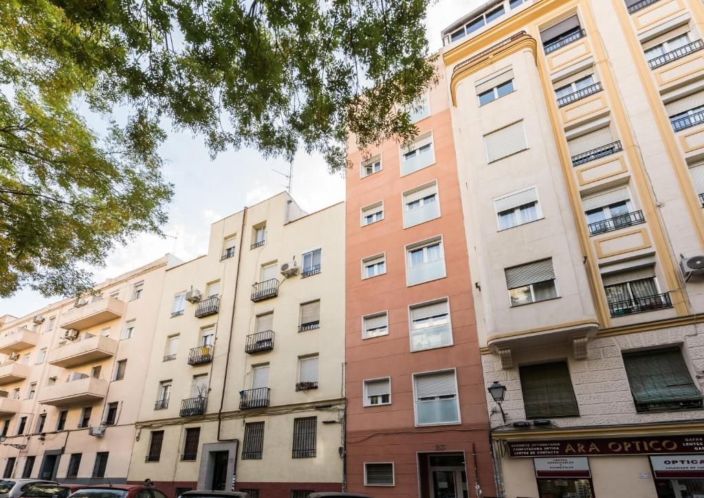 Madrid smartrentals delicias madrid book your hotel for Booking madrid hotel
