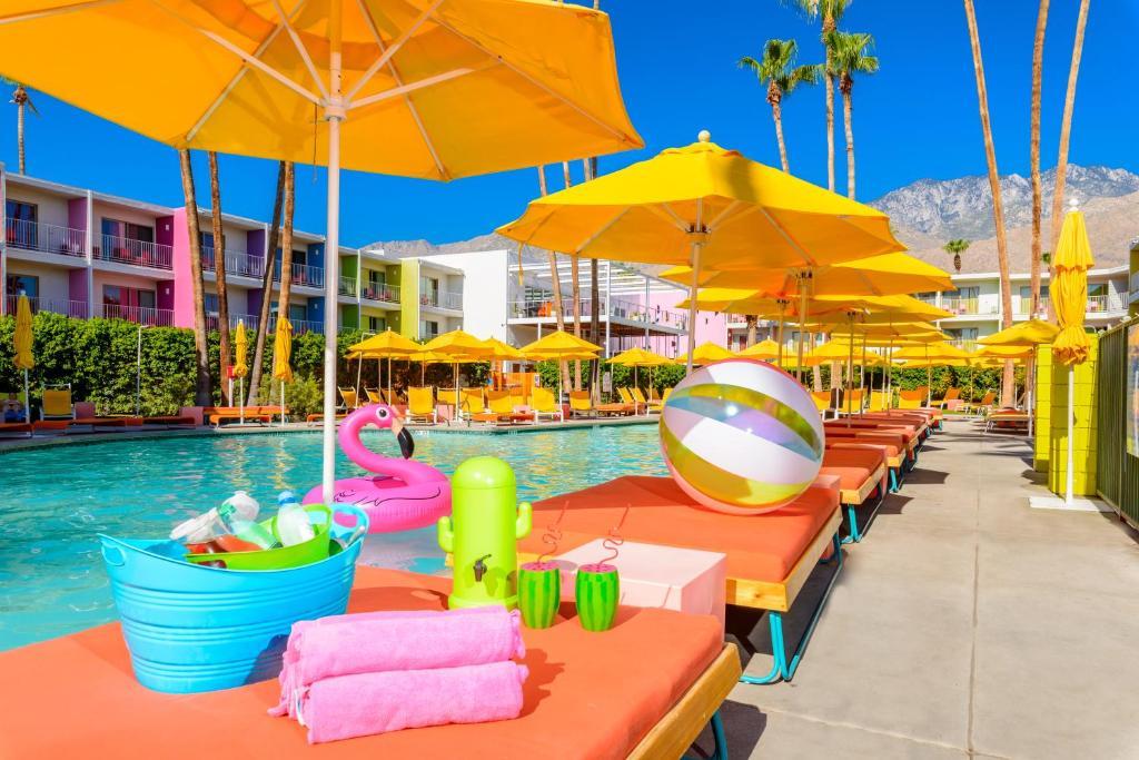 Saguaro Hotel Palm Springs Restaurant