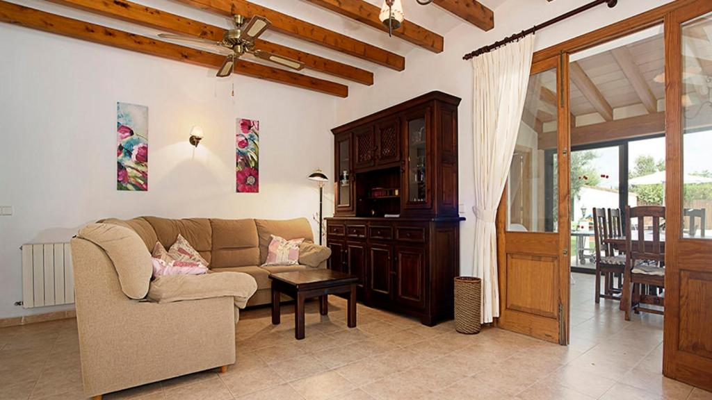 Martorell Golf 2 Bedroom Villa Pollensa (España Pollensa ...