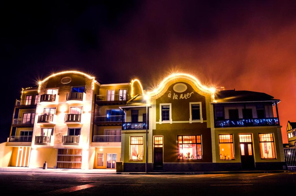 Web Booking Hotel