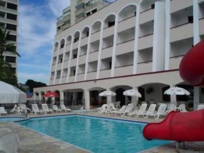 المسبح في Hotel Areia Branca أو بالجوار