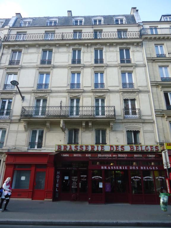 Hotel des belges paris book your hotel with viamichelin for Booking paris hotel