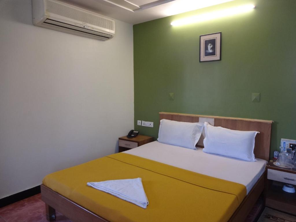Online Room Booking In Chennai