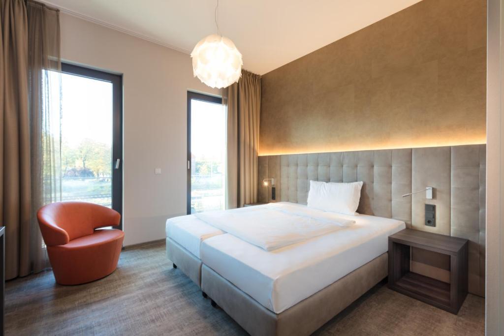 Deck 8 designhotel soest soest reserva tu hotel con for Deck 8 design hotel soest
