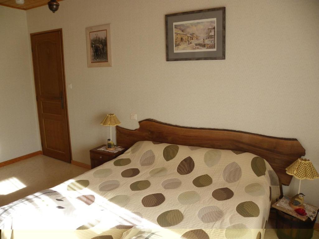 chambres et table d 39 h tes ferme les cigognes r servation gratuite sur viamichelin. Black Bedroom Furniture Sets. Home Design Ideas