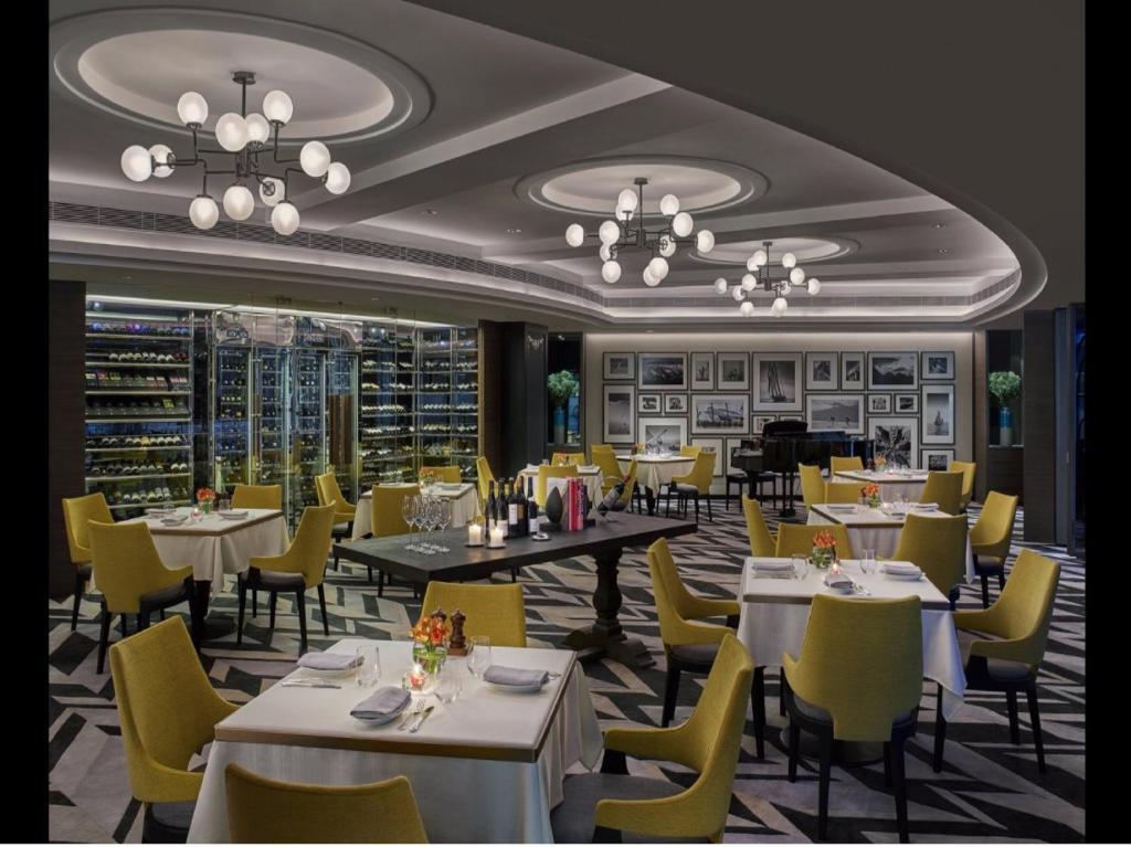 New World Millennium Hong Kong Hotel Buffet