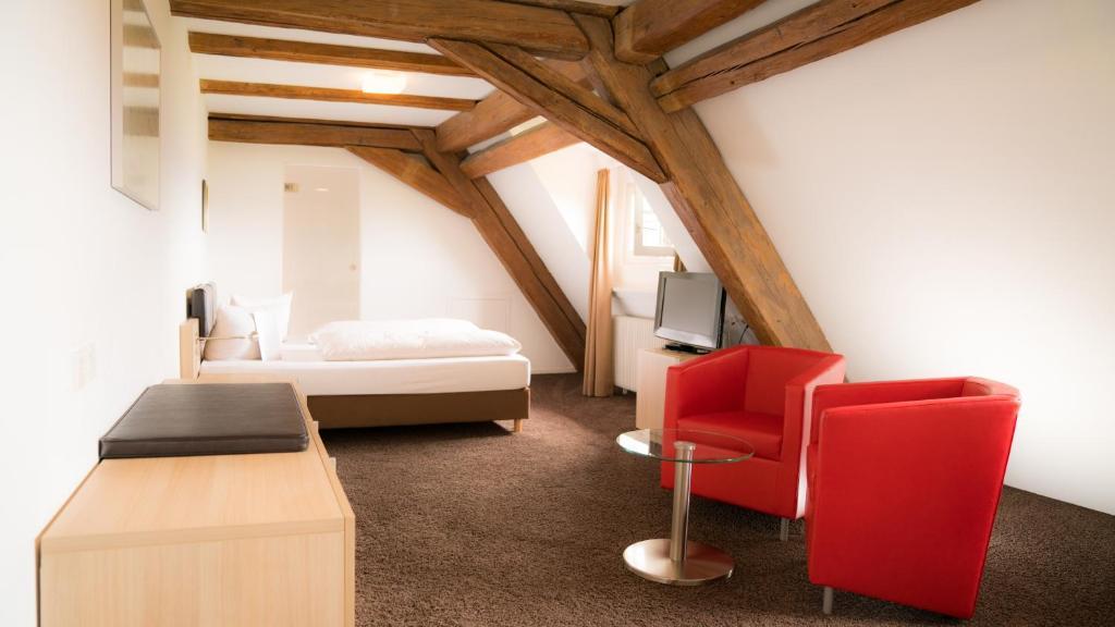 hotel hofgut hohenkarpfen spaichingen viamichelin informatie en online reserveren. Black Bedroom Furniture Sets. Home Design Ideas