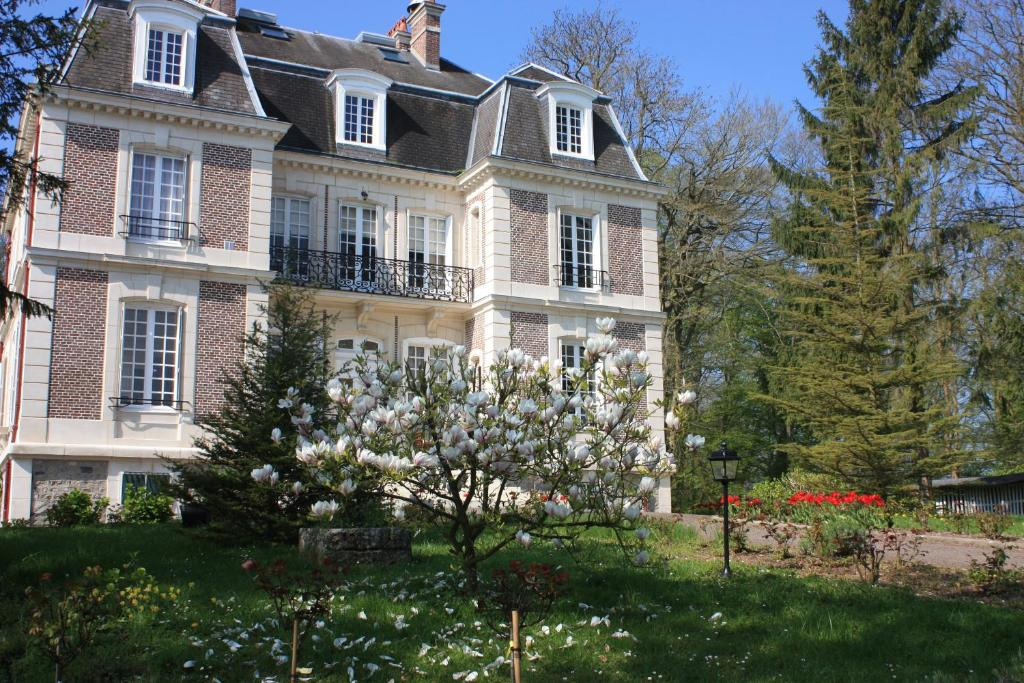 Chateau Hotels Near Rouen